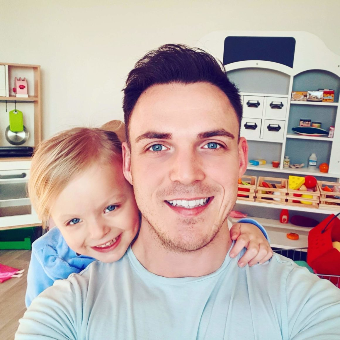 The Breaking Dad | Dan & Evie